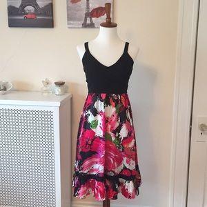 Bebe dress in M